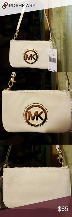 NWT Michael Kors Leather Wristlet NWT Michael Kors Fulton Leather Wristlet In Vanilla.  Absolutely  Beautiful! Michael Kors Bags