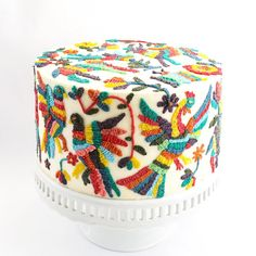 Cake inspired by the beautiful Otomi embroidery of Mexico