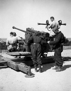 Another view of the 5cm flak 41.