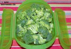 Cómo hacer brócoli al vapor en el microondas Good Healthy Recipes, Healthy Life, Salty Foods, Microwave Recipes, Tupperware, Recipe Using, Salad Recipes, Clean Eating, Vegetables