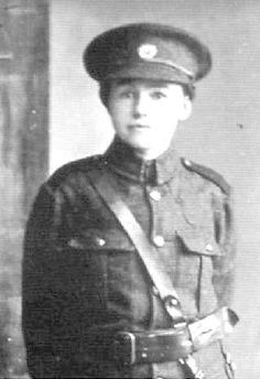 Nora Connolly, daughter of Irish Patriot James Connolly. D uring rising in Dublin, t wenty three year old Nora carried mess. Ireland 1916, Dublin Ireland, Old Irish, Irish Celtic, Irish Independence, Easter Rising, Scotland History, Michael Collins, Irish Roots