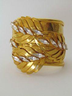 PHILIPPE FERRANDIS PARIS GOLD LEAVES CRYSTAL CLIP ON  EARRINGS & BRACELET SET