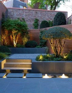 Landscape Lighting Idea for Water Modern Landscape Lighting Design Ideas Bringing Beauty and Security into Homes 31 Creative Ideas Of Landscape Lighting for Dramatic Ba. Small Garden Landscape, Small Backyard Gardens, Small Backyard Landscaping, Modern Landscaping, Outdoor Gardens, Landscaping Ideas, Outdoor Patios, Backyard Ideas, Modern Backyard