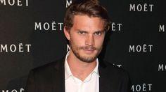 """Jamie Dornan, o Christian Grey de """"As Cinquenta Sombras de Grey"""", tem uma nova casa. O ator, de 33 anos, adquiriu uma mansão em Cotswolds, na Inglaterra, que terá custado aproximadamente 1,35 milhõ..."""