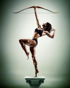 Diana / Archer (Untitled) - Sculpture Athletes - Tim Tadder - www.timtadder.com - Glass/porcelain skin effect by Cristian Girotto (digital artist)