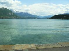 Disabled Travel: Wheelchair Access by the Lake in Annecy France