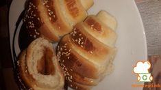 Тесто за погачи и кифлички - Памук тесто - Moirecepti Serbian Recipes, Bulgarian Recipes, Pogaca Recipe, Hot Dog Buns, Hot Dogs, French Toast, Bread, Breakfast, Cake