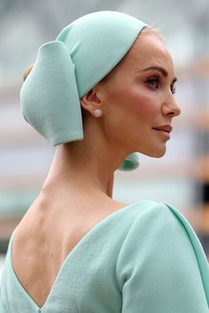 The Best Hats from Royal Ascot 2019 - Crazy Royal Hats hats inspiration The Most Fabulous Hats from the 2019 Royal Ascot Philip Treacy Hats, Royal Ascot Hats, Wide Brimmed Hats, Stylish Hats, Cocktail Hat, Fancy Hats, Green Hats, Head Accessories, Pink Hat