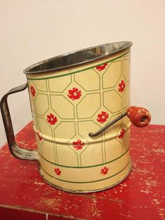 vintage-yellow-and-red-print-sifter-with