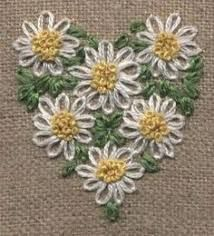 Wonderful Ribbon Embroidery Flowers by Hand Ideas. Enchanting Ribbon Embroidery Flowers by Hand Ideas. Embroidery Hearts, Flower Embroidery Designs, Simple Embroidery, Hand Embroidery Stitches, Silk Ribbon Embroidery, Embroidery Techniques, Embroidery Applique, Cross Stitch Embroidery, Hand Stitching