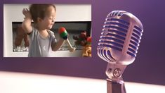 Monilla on tapana laulaa biisien mukana kotioloissa ja tulkita niitä tunteella. Samaa tekee myös hurmaava pikkupoika Isaac Kearney, joka kovaa vauhtia valloittaa ihmisten sydämiä TikTokin välityksellä. Isaacista on julkaistu TikTokissa useita videoita, joissa hän laulaa, huulisynkkaa Whitney Houston, Vintage Microphone, Liverpool