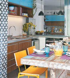 20 Unique Ideas for Vintage Kitchen Decor - Best Home Ideas and Inspiration Eclectic Kitchen, Vintage Kitchen Decor, Sweet Home, Ideas Hogar, Cocinas Kitchen, Kitchen Dinning, Decoration Inspiration, Home And Deco, Kitchen Colors