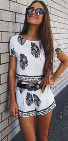 White Black Floral Short Sleeve Scoop Neck Crop Top Pleated Shorts Two Piece Romper