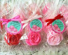25 ROSE SOAP FAVORS - Rose Bridal Shower Favors, Soap Roses, Wedding Soap Favors, Cottage, Valentine's Day, Mothers Day, Kate Spade Inspired by favorsbyangelique on Etsy