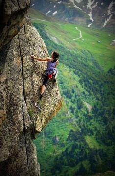 Rock climbing - Andrea M. Brunner on a sport route in Andermatt, Switzerland Climbing Girl, Sport Climbing, Ice Climbing, Parkour, Andermatt, Mountain Biking, Mountain Climbing, Trekking, Kayak