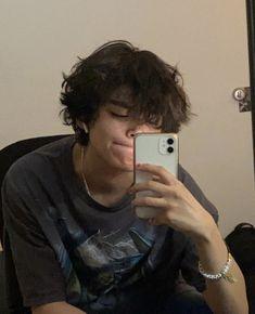 Mode Grunge, Grunge Guys, Grunge Hair, Cut My Hair, New Hair, Hair Cuts, Shot Hair Styles, Curly Hair Styles, Boy Hairstyles