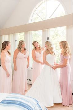 bride and bridesmaids in pink gowns prepare for NJ wedding day   Classic summer wedding day at Indian Trail Club in Franklin Lakes, NJ photographed by New Jersey wedding photographer Idalia Photography. See more inspiration here for a summer wedding day! #IdaliaPhotography #IndianTrailClubWedding #NJWedding #SummerWeddingIdeas Wedding Gallery, Wedding Photos, Indian Trail Club, Summer Wedding, Wedding Day, Franklin Lakes, Nj Wedding Venues, Wedding Morning, Pink Gowns
