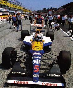 Nigel driving his Williams. Racing Helmets, F1 Racing, Racing Team, Drag Racing, Formula 1 Gp, Ferrari F12berlinetta, Williams F1, Nigel Mansell, F1 Drivers