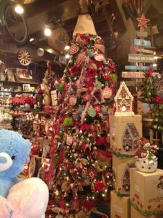 Cracker Barrel Christmas Tree So Much Prettier In Person