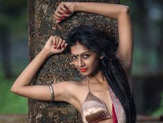 Romantic Bollywood Brown Skin Makeup, Sari, Black Saree, Indian Models, Sexy Girl, Bikini Fashion, Indian Girls, Indian Beauty, Fashion Beauty
