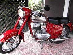 Old Motorcycles, Motorcycle Engine, Cool Bikes, Motorbikes, Honda, Bicycle, Vehicles, Mopeds, Vespa