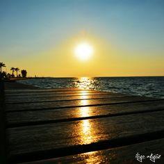 Gün batımı çoğalır hayaller.. Bir su damlasından bir denize doğru..