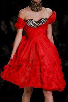 Alexander McQueen at Paris Fashion Week Spring 2013