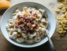 Gouda Mac and Cheese with Peaches and Prosciutto