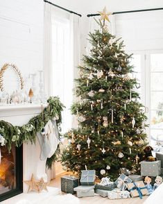 - A traditional Christmas tree is the ultimate seasonal decoration. Not only does the presence of a beautifully decorated Christmas tree bring the spiri. Best Christmas Tree Decorations, Flocked Christmas Trees, Merry Christmas Eve, Beautiful Christmas Trees, Noel Christmas, Christmas Traditions, White Christmas, Holiday Decor, Christmas Tree Quotes