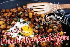 Falsche Bratkartoffeln Low-Carb sind ein fantastisches Gericht, das dir zeigt wie du Omas Klassiker appetitlich zubereiten kannst 🤤 – ganz ohne Kartoffeln.