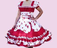 Huasa chilena, Vestidos de china! Clogs Outfit, Dance Outfits, Fashion Outfits, Womens Fashion, Frocks, Beautiful Dresses, Amanda, Disney Princess, How To Wear