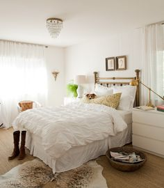 Love the warm color of the carpet with all the white. And the texture.... | Pure Style Home
