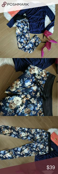 Two piece set pants and blouse XL Set includes floral pants size XL and a blouse size XL both stretchable Other