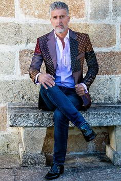 Pure patchwork silk notch lapel jacket #luxury #menswear #madeinitaly #puresilk #dapper #elegance