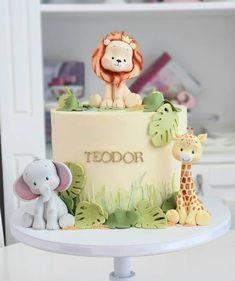 Safari Birthday Cakes, Baby Boy 1st Birthday Party, Safari Cakes, Safari Party, First Birthday Cakes, Disney Birthday, Safari Baby Shower Cake, Baby Shower Cakes, Jungle Cake