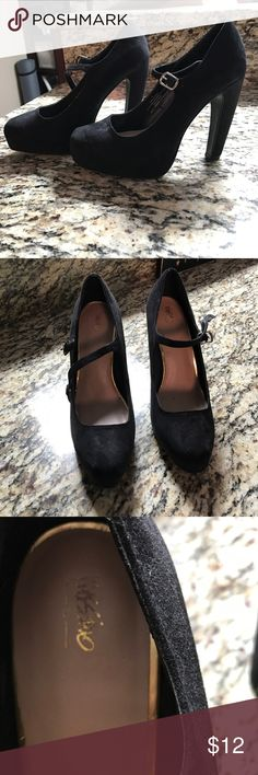 BRAND NEW Mossimo heals Brand new and never worn. I've tried these on a few times and they are just a little snug for my feet. Spring cleaning and offers welcomed! Mossimo Supply Co Shoes Heels