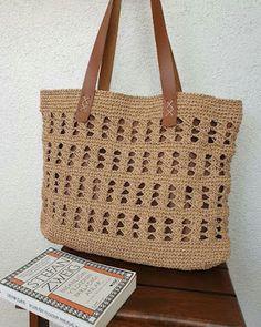 Crochet Clutch, Jute Bags, Crochet Accessories, Straw Bag, Purses And Bags, Crochet Patterns, Reusable Tote Bags, Knitting, Handmade