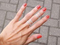 double braid upper finger ring von WeAreArrow auf Etsy, $50,00