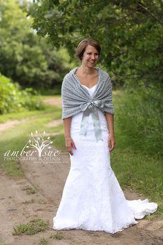 Bridal Capelet, Winter wedding wrap, Bridal shrug, Wedding Cape ...
