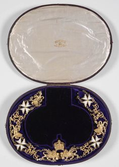 G.C.M.G.,  insignia of the Knight Grand Cross Sir Henry Parkes  (1815-1896), awarded in 1888. R. & S. Garrard & Co.; collar in oval wooden case, 280mm x 213mm.