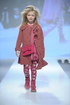 circus mag: Pitti Bimbo N°76 - Fashion Show TWIN SET - The new collection of SIMONA BARBIERI for Fall/Winter 2013/2014