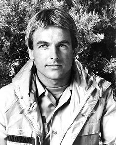 I wrote to Mark Harmon when he was on 240-Robert and got this photo in return. Still cute after all these years.