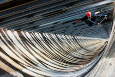 Photographer: Anthony Acosta / Athlete: Geoff Rowley / Location: Tehachapi, California (© Anthony Acosta/Red Bull Illume)
