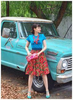 #blue #redfloral #statementnecklace #vintage