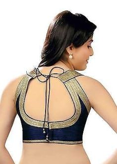 As we share your interest and love for fashion and newest trends in the blouse designs and patterns, we have done the cumbersome task of collating more than 400 Blouse Designs Images for you to take cue from and make the most of it. Stay hooked in this section for more…   Image courtesy: …