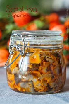 Sałatka grzybowa - przepisy.net Fruit Recipes, Preserves, Pickles, Cucumber, Stuffed Mushrooms, Food And Drink, Jar, Canning, Vegetables