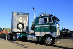 Peterbilt Anniversary Truck Show in Stockton Mack Trucks, Semi Trucks, Cool Trucks, Big Trucks, Cab Over, Diesel Cars, I Cool, Peterbilt, Rigs