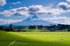 Farmland, Mount Taranaki (Egmont) : New Zealand Visit New Zealand, New Zealand Travel, Landscape Photography, Travel Photography, Beach Holiday, Life Is An Adventure, Heaven On Earth, Oh The Places You'll Go, Go Outside
