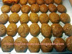 Μελομακάρονα αφράτα - Τα φαγητά της γιαγιάς Health, Ethnic Recipes, Desserts, Blog, Tailgate Desserts, Deserts, Health Care, Postres, Blogging