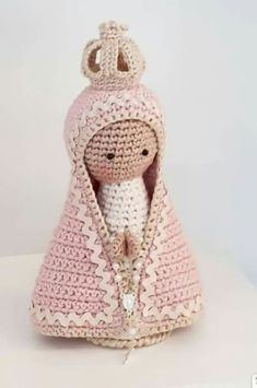 Best 11 Free Amigurumi Doll And Animal Crochet Patterns – SkillOfKing. Crochet Animal Patterns, Crochet Doll Pattern, Stuffed Animal Patterns, Crochet Animals, Crochet Dolls, Doll Patterns, Crochet Deer, Crochet Baby, Kokeshi Dolls